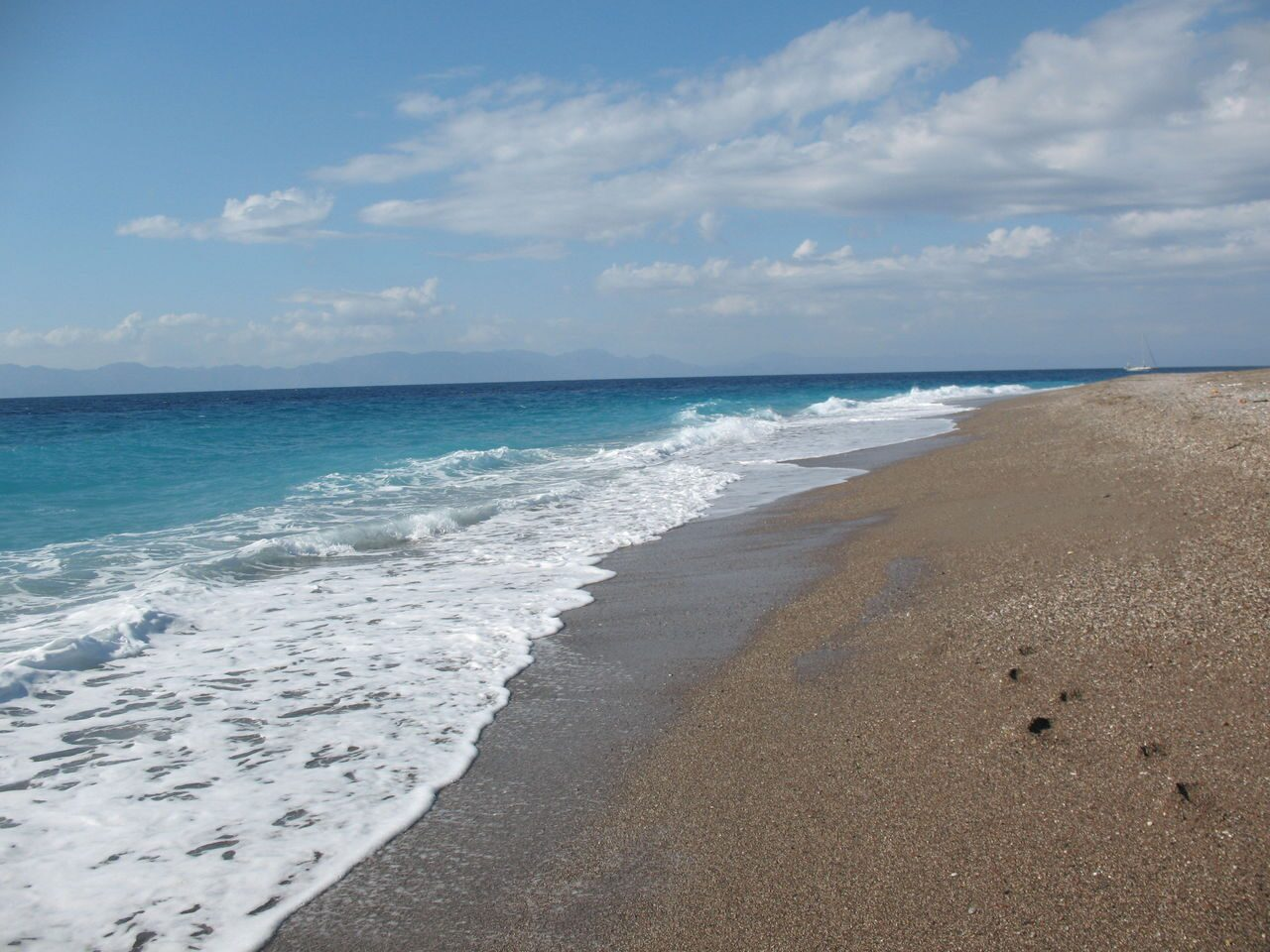 Песчаные пляжи родоса фото