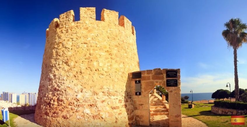 Старая башня торревьеха недвижимость